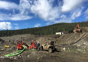 Arbeiten an der Eos-Goldmine