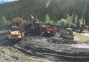Unsere Eos-Mine beim Goldwaschen in Betrieb